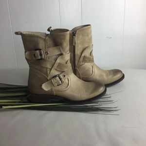 Guess combat leather boots